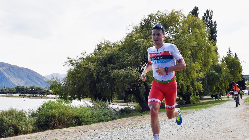 Javier Gómez Noya obtiene el triunfo en el Challenge Wanaka en Nueva Zelanda.