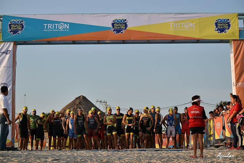 Alan Carrillo y Sara Roel campeones del 9° Triatlón Isla de Tris