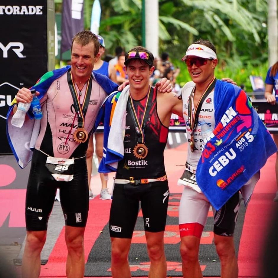 ¡Mauricio Méndez gana en el Campeonato Asia-Pacífico Ironman 70.3!