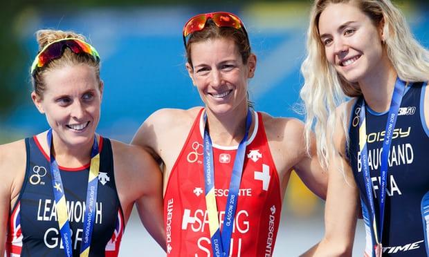 Nicola Spirig gana el Campeonato de Europa en distancia olímpica.