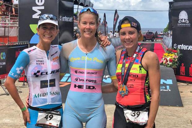 Ellie Salthouse y Michael Weiss toman Ironman 70.3 Cozumel.