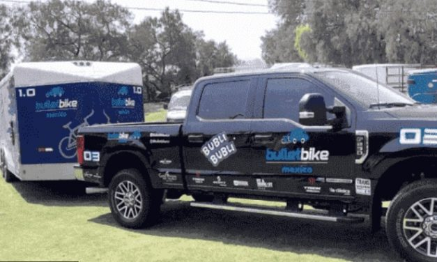 Intercepta grupo armado camioneta con bicicletas que se dirigía al Challenge Cancún